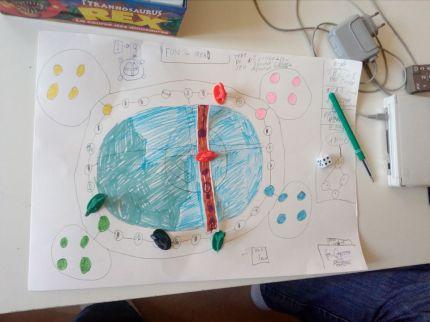 Inventer des jeux de société, Thomas, 15 ans (troubles psychiques)