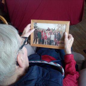 Stimulation de la parole avec comme support des photos, Alain, 86 ans (Troubles cognitifs suite à un avc))